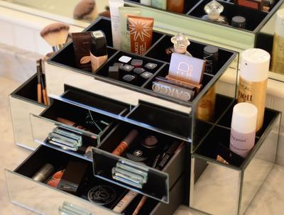 Rapikan Makeup