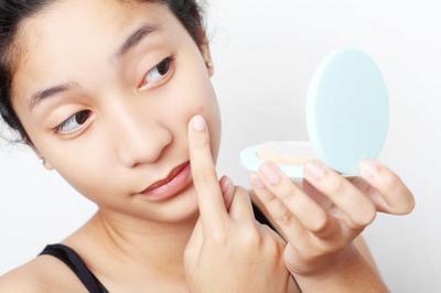5 Tanda Kamu Harus Berhenti Menggunakan Produk Skincare
