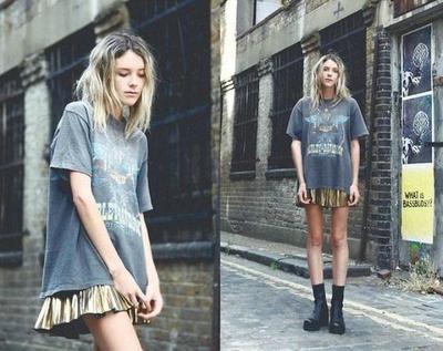 Tips Mix n Match Oversized T-shirt Untuk Kamu yang Sering Meminjam Baju Pacar