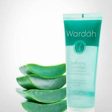 Wajah Bersih Bebas Jerawat dengan Wardah Hydrating Aloe Vera Gel