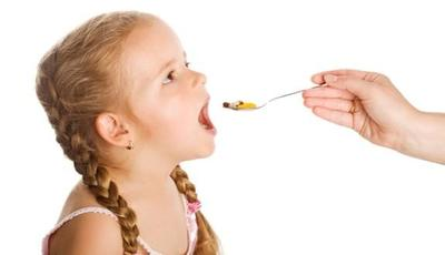 Hati-hati, Memberikan Vitamin ke Anak dengan Cara Ini Justru Mengancam Kesehatannya