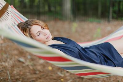 Apa Kamu Sudah Tahu 4 Manfaat Tidur Siang Bagi Orang Dewasa Ini?