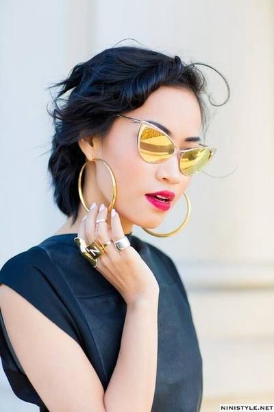 Tren Kacamata Lensa Kuning yang Bisa Membuatmu Tampil Keren dan Kekinian