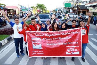 Yuk, Cari Tahu 5 Kebiasaan yang dilakukan Orang Indonesia Saat Menunggu Waktu Buka Puasa