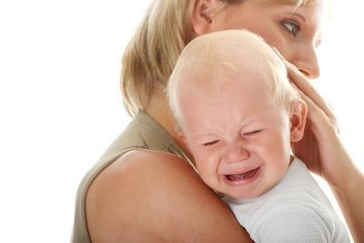 1. Letakkan Bayi Kamu di Dada Kanan