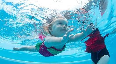 4. Berenang Secara Mandiri