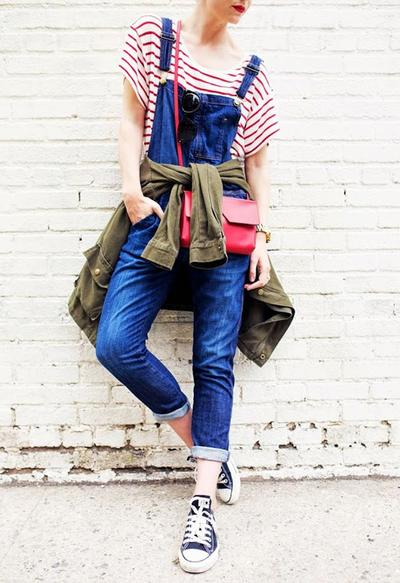 Overall Boyfriend Jeans + Sneakers