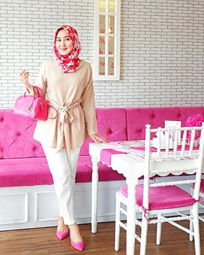Yuk, Intip Style Hijab Ala Dian Pelangi Agar Penampilanmu Makin Kece Saat Lebaran!
