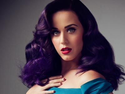 Yuk, Tiru Inspirasi Cat Rambut Warna Lavender Ala Penyanyi Katy Perry!
