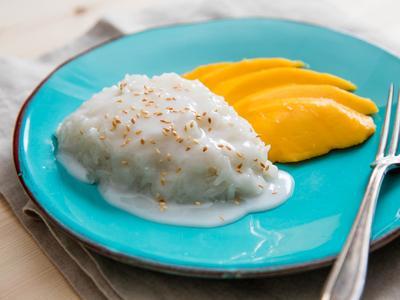 Khao Niao Mamuang (Mango and Sticky Rice)