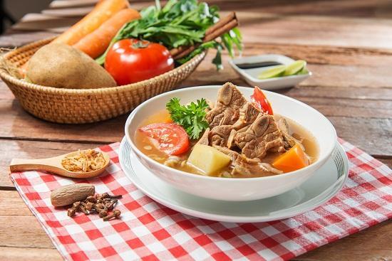 Soto Daging Kuah Bening Segar Menu Yang Cocok Untuk Berbuka Puasa