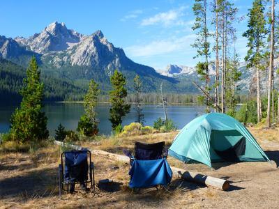 Ini Dia 5 Tempat Camping  Terpopuler dengan Pemandangan Alam yang Menakjubkan!