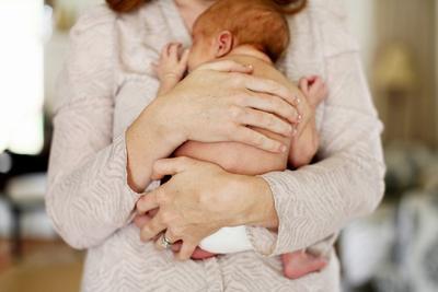Bayi Kamu Rewel di Malam Hari? Berikut Tips Menidurkannya Agar Tenang