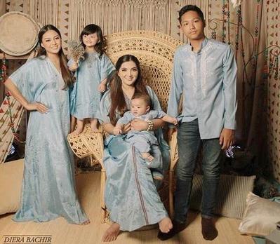 Lebaran Semakin Dekat! Jadikan 5 Model Baju Lebaran Keluarga Ini Sebagai Referensimu!