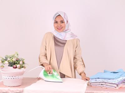 Hati-Hati dalam Perawatannya! Ternyata Beberapa Jenis Hijab Ini Tidak Perlu Disetrika