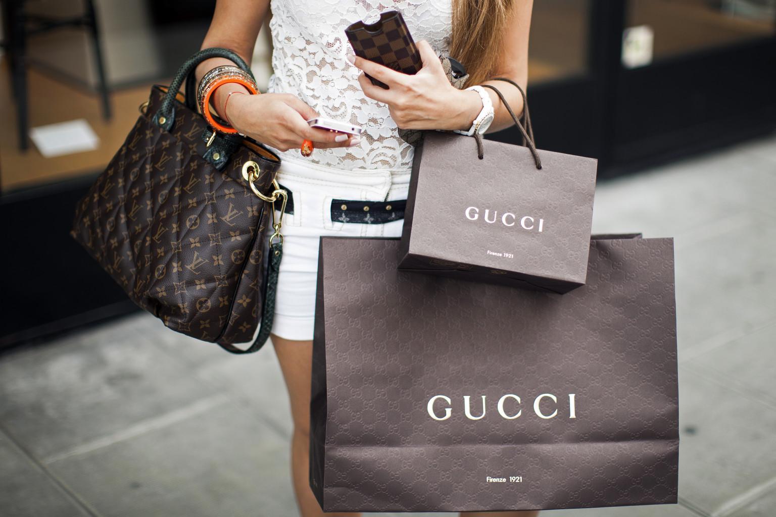 Luxury fashion brands online shopping