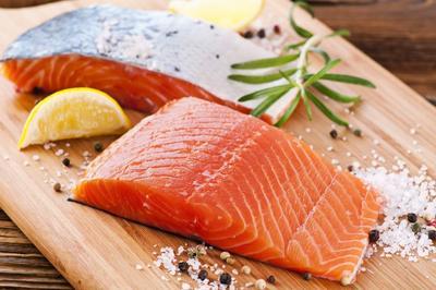 Suka Salmon Sashimi? Ternyata Ini Efek yang Kamu Dapatkan Setelah Mengonsumsinya!