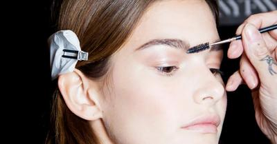 Pilih Eyebrow Powder