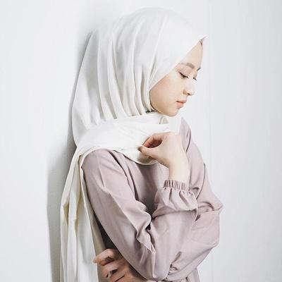 Hijabers, Yuk Coba Tutorial Hijab Pashmina Simple Ala Selebgram Gita Savitri!