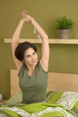 Cek 5 Manfaat Minum Air Putih Saat Bangun Tidur yang Sayang Kalau Dilewatkan!