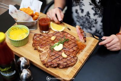 Wow! Rekomendasi Makanan Porsi Jumbo di Bandung Ini Akan Membuatmu Kaget
