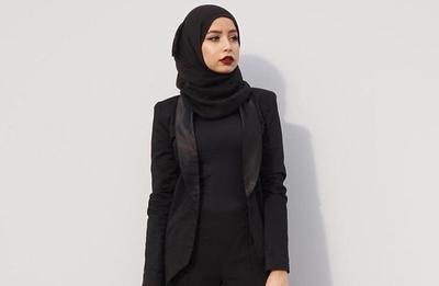Tak Perlu Ribet, Ini Dia Cara Mengakali Hijab Kusut dengan Cepat Saat di Kantor!