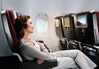 Takut untuk Traveling Naik Pesawat? Ini 5 Tips Jitu Mengatasinya!