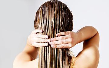 Ternyata, Begini Cara Merawat Rambut Keriting yang Benar Agar Kamu Tampil Memukau
