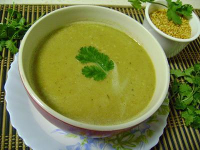 3. Makan Sup Kacang-kacangan