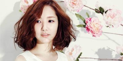 Yuk, Tampil Cantik dan Memukau dengan Rambut Keriting Ala Wanita Korea Ini