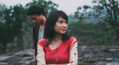 Jangan Baper Setelah Menonton 3 Film Indonesia Romantis Ini Ya, Ladies!