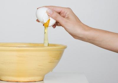 Manfaat Menakjubkan Putih Telur untuk Payudara, Kamu Wajib Tahu!
