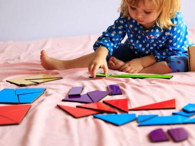 Yuk, Lakukan Cara Mudah Ini di Rumah Agar Anak Semakin Pintar dan Kreatif