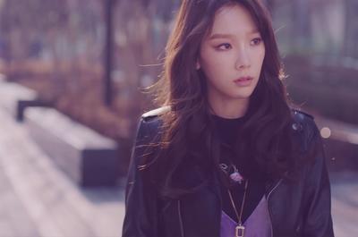 Ini Dia Lagu Sedih Korea Taeyeon yang Akan Membuatmu Galau Seharian!