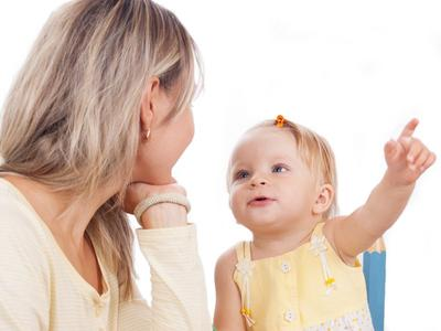 Penasaran Kapan Anak Mulai Bicara? Ternyata Begini Perkembangan Bahasa Bayi Baru Lahir