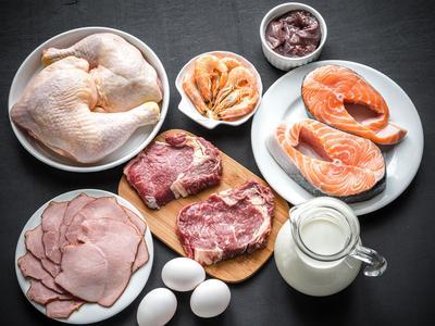 6. Makanan Kaya Vitamin B12
