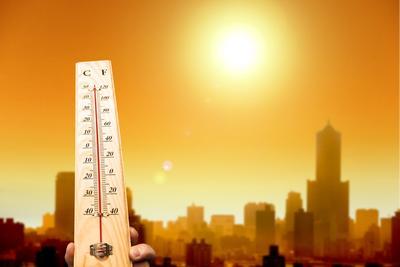 1. Suhu Panas dan Lembap