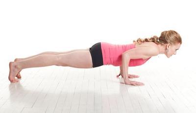 Say Good Bye to Perut Buncit Setelah Melakukan Gerakan Yoga Ini!