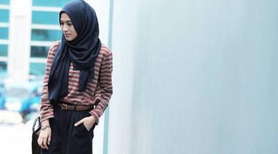 7 Rekomendasi Pakaian Paling Nyaman Dan Stylish Untuk Berlibur Ke Pantai Fashion Beautynesia