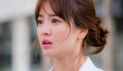 Mau Tampil Menarik Seperti Song Hye Kyo? Ternyata Ini Rahasia Kecantikannya!