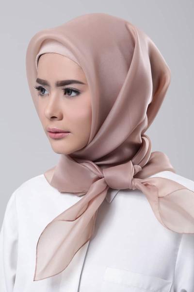 3. Hijab Organza
