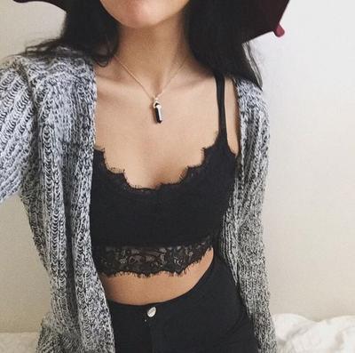 Bralette & High Waist Jeans