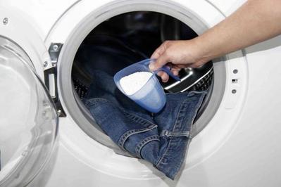 Penting! Ketahui Tips Mencuci Celana Jeans Baru yang Tepat Yuk!