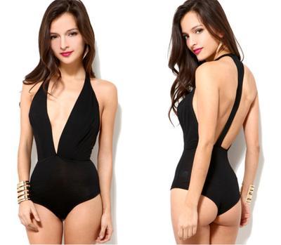 Ini Dia 4 Model Baju Renang yang Paling Modis dan Keren untuk Liburan Summer-mu!