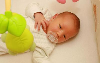 Merawat Bayi yang Mengalami Kuning