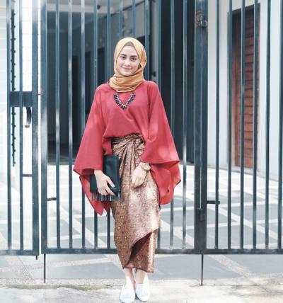 3. Mix and Match Make Up dan Hijab untuk Acara Formal