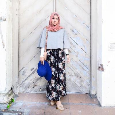 4. Crop Top and Palazzo