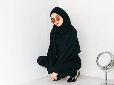 Jangan Salah Pilih! Begini Pemilihan Kacamata yang Cocok untuk Si Pengguna Hijab