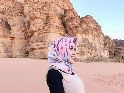 1. Medina Zein