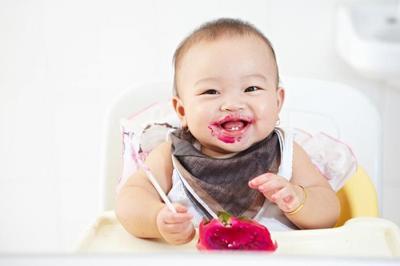 Bayi Hanya Diberi Mikronutrien